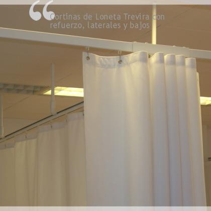 Cortinas de Loneta Trevira con refuerzo, laterales y bajos.